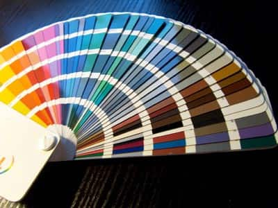 デザイナーでなくてもできる?配色の基本